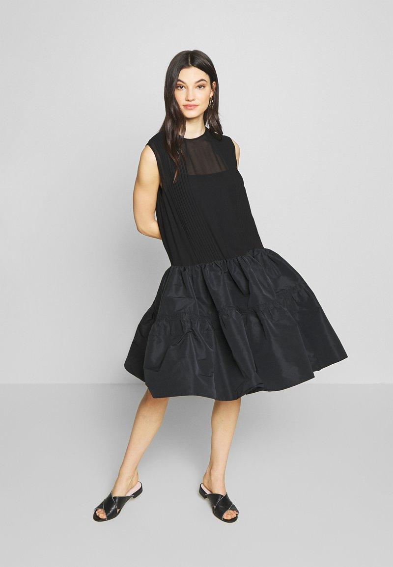N°21 - Robe de soirée - black