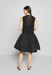 N°21 - Robe de soirée - black - 2