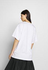 N°21 - T-shirt imprimé - white - 2