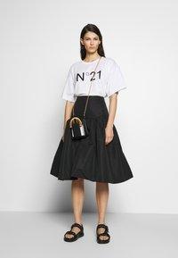 N°21 - T-shirt imprimé - white - 4