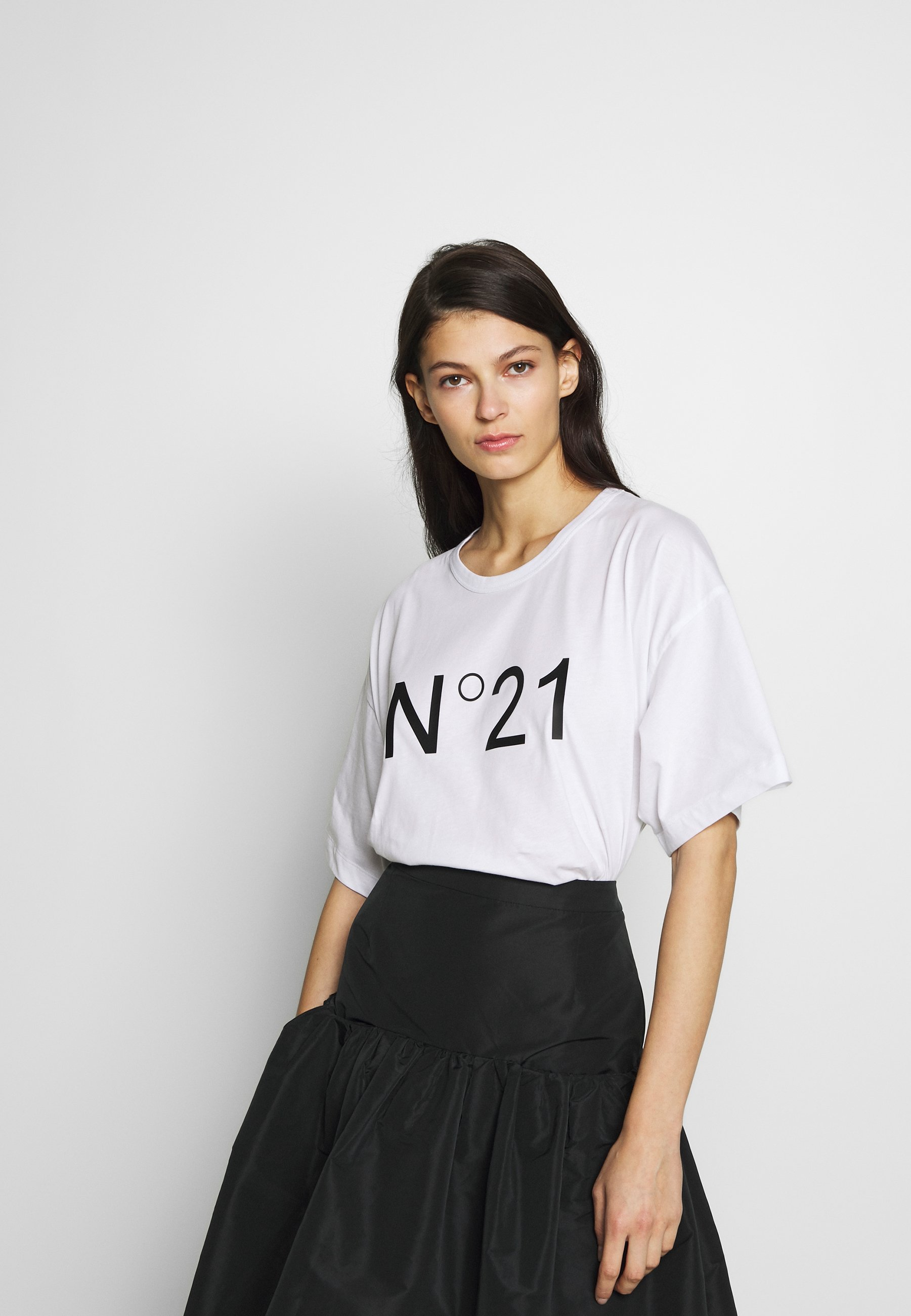N°21 T-shirts med print - white
