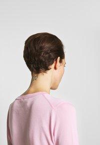 N°21 - ROUND NECK CUFF TEE - T-shirt basic - pale pink - 4