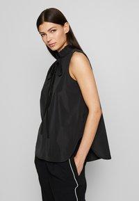 N°21 - Overhemdblouse - black - 3