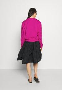 N°21 - Sweatshirt - pink - 2