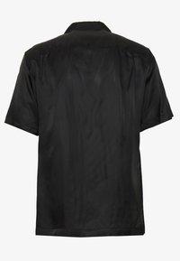 N°21 - Shirt - black - 1
