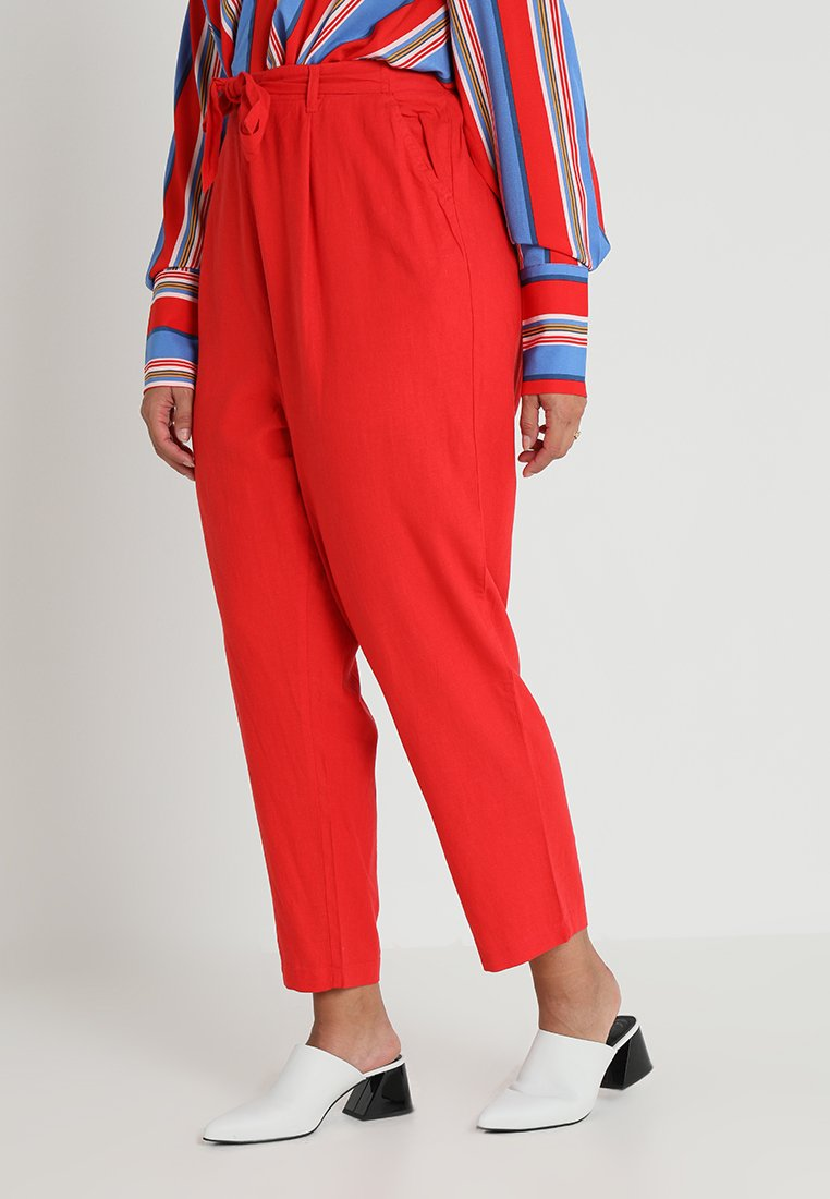 New Look Curves - BASIC TROUSER - Pantalones - red