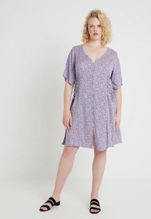 PRINTED LATTICE TEA - Skjortekjole - purple