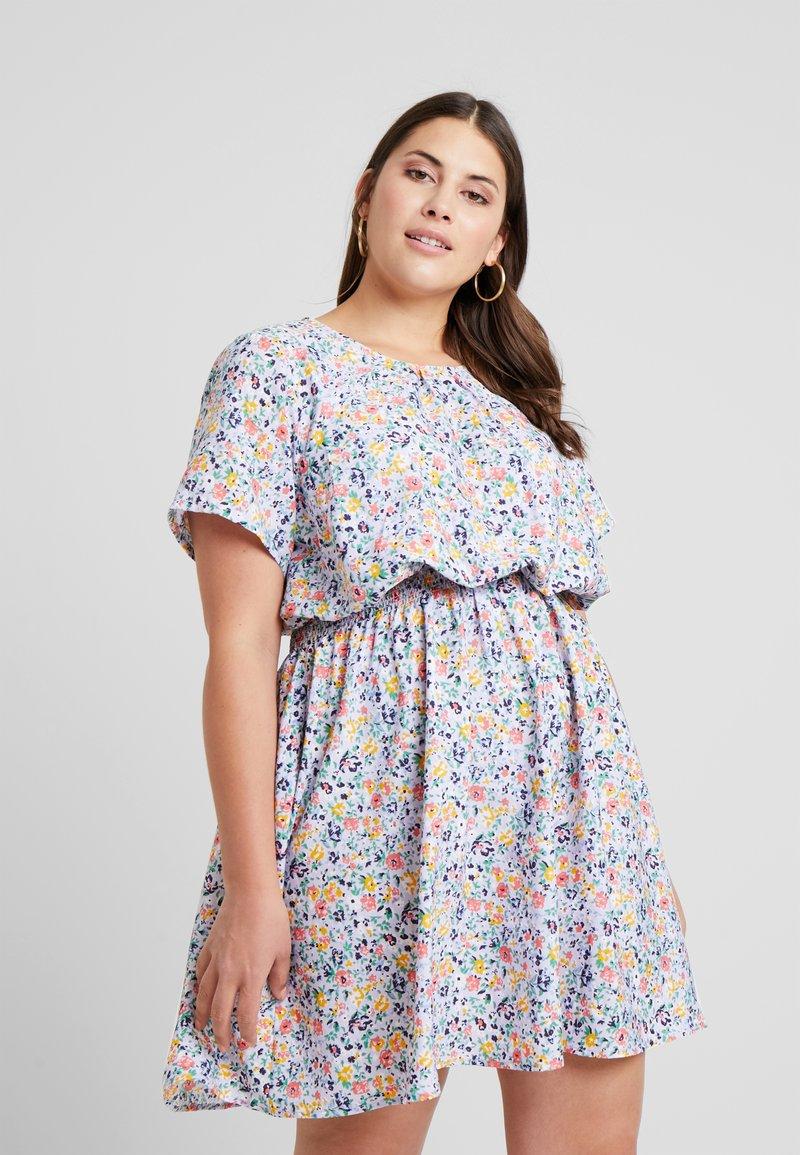 New Look Curves - DITSY FLORAL DRESS - Hverdagskjoler - pink