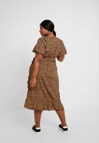 New Look Curves - BRIGHT SPRIG TIERED DRESS - Vestito estivo - multi-coloured - 3
