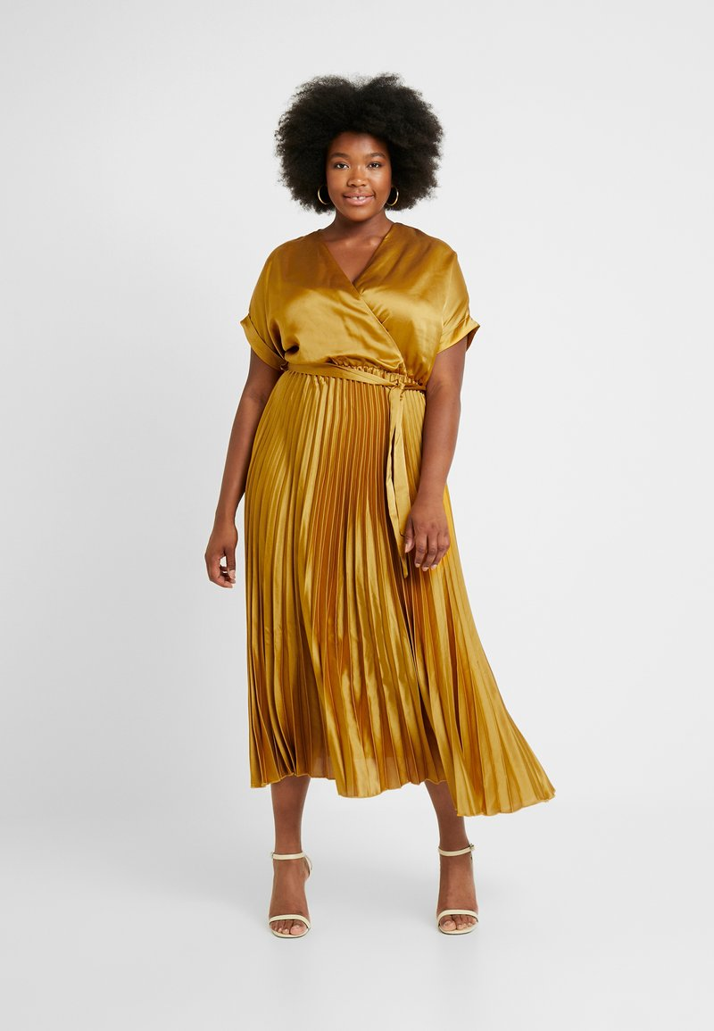 New Look Curves - GO PLEATED DRESS - Freizeitkleid - dark yellow