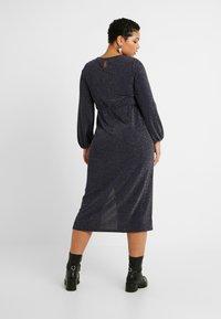 New Look Curves - METALLIC YARN DRESS - Jerseykjole - silver - 3