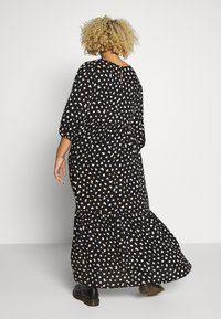New Look Curves - X NELLY TIERED DRESS - Maxikjole - black - 2