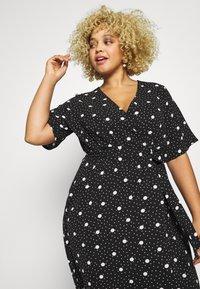 New Look Curves - ESMERELDA DRESS - Robe longue - black - 3