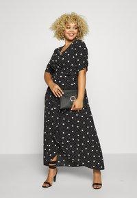 New Look Curves - ESMERELDA DRESS - Robe longue - black - 1