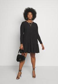 New Look Curves - CRINKLE SMOCK MINI - Jersey dress - black - 1