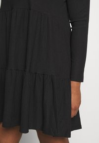 New Look Curves - CRINKLE SMOCK MINI - Jersey dress - black - 5
