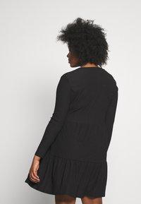 New Look Curves - CRINKLE SMOCK MINI - Jersey dress - black - 2