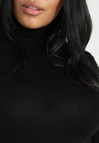 New Look Curves - ROLL NECK - T-shirt à manches longues - black - 4