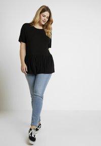 New Look Curves - PEPLUM HEM SLUB - T-shirt print - black - 1