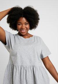 New Look Curves - PEPLUM HEM TEE 2 PACK - T-shirts print - grey - 3