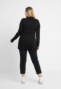 New Look Curves - SIDE SPLIT ROLL NECK - Long sleeved top - black - 2