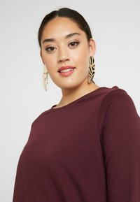 New Look Curves - SIDE BUTTON - T-shirt à manches longues - dark burgundy - 5