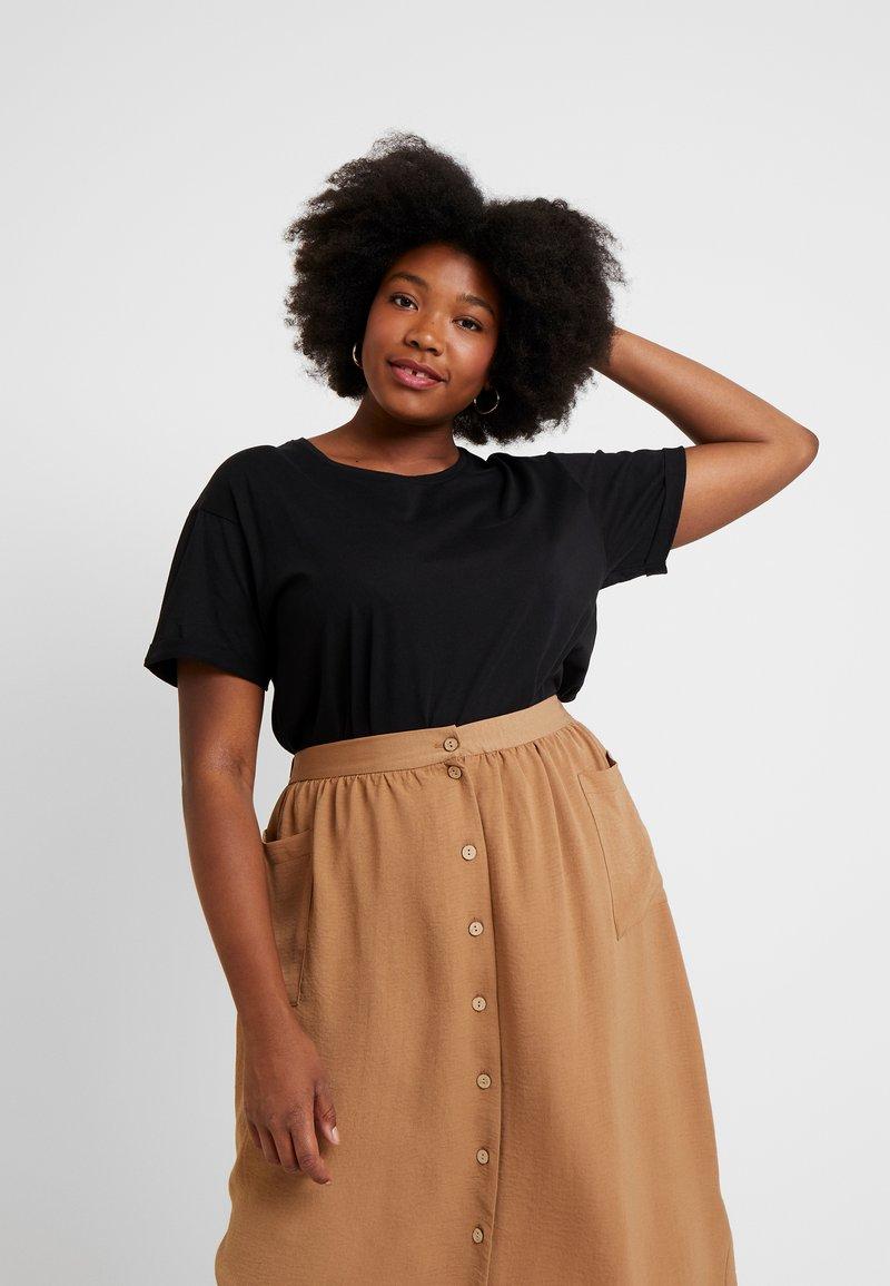 New Look Curves - LONGLINE TEE 2 PACK - T-Shirt basic - black