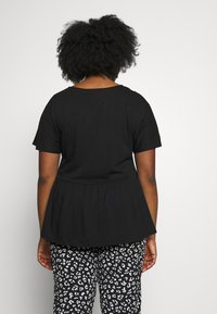 New Look Curves - Basic T-shirt - black - 2