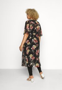 New Look Curves - TALLULAH KIMONO - Summer jacket - black - 2