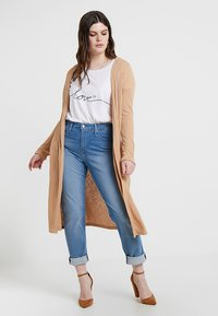New Look Curves - CARDI - Kardigan - camel - 0