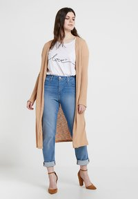New Look Curves - CARDI - Kardigan - camel - 1