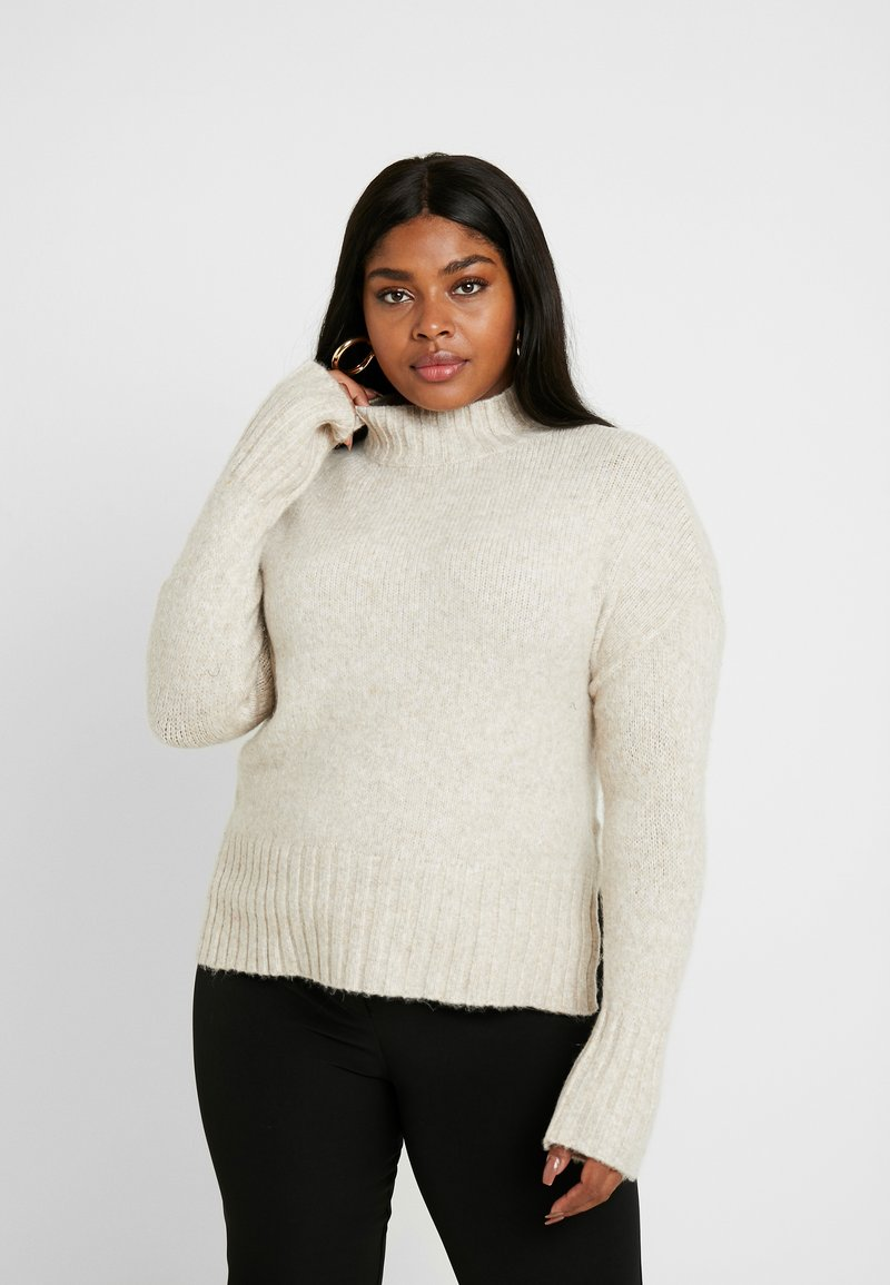 New Look Curves - FUNNEL NECK SIDE SPLIT JUMPER - Stickad tröja - oatmeal