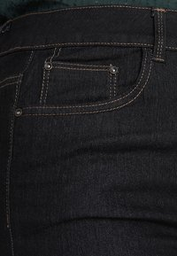 New Look Curves - Jeans bootcut - navy - 3