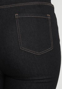 New Look Curves - Jeans bootcut - navy - 5