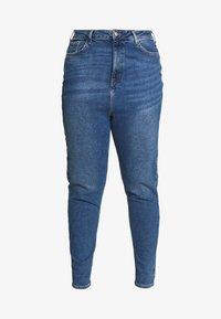 New Look Curves - WAIST ENHANCE MOM - Džíny Straight Fit - mid blue - 5