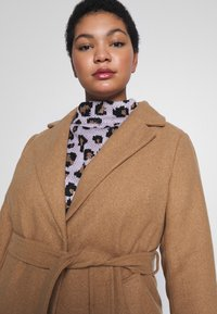 New Look Curves - GABRIELLE BOILED BELTED - Classic coat - camel - 3