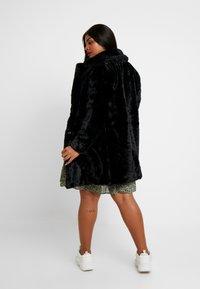 New Look Curves - COAT - Veste d'hiver - black - 2