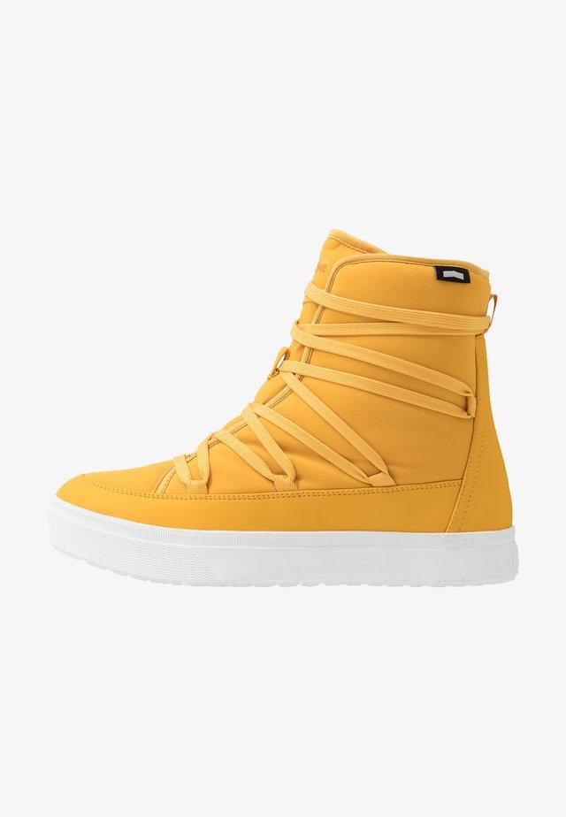 CHAMONIX - Šněrovací kotníkové boty - alpine yellow/shell white