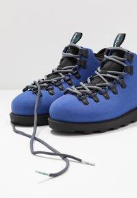 Native - FITZSIMMONS  - Nauhalliset nilkkurit - reflex blue/jiffy black - 5