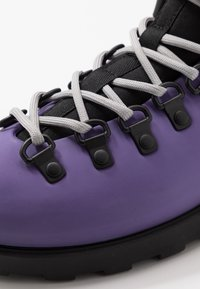 Native - FITZSIMMONS CITYLITE - Lace-up ankle boots - ultra violet/ jiffy black - 6