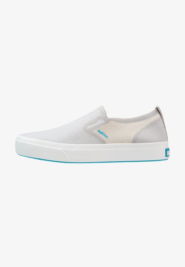 MILES 2.0 LITEKNIT - Instappers - pigeon grey/bone white/shell white