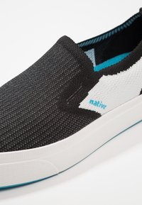 Native - MILES 2.0 LITEKNIT - Mocassins - jiffy black/shell white - 5