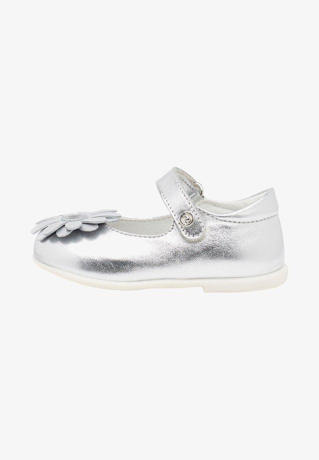 CAMBRE CON FIORE APPLICATO - Ankle strap ballet pumps - silver