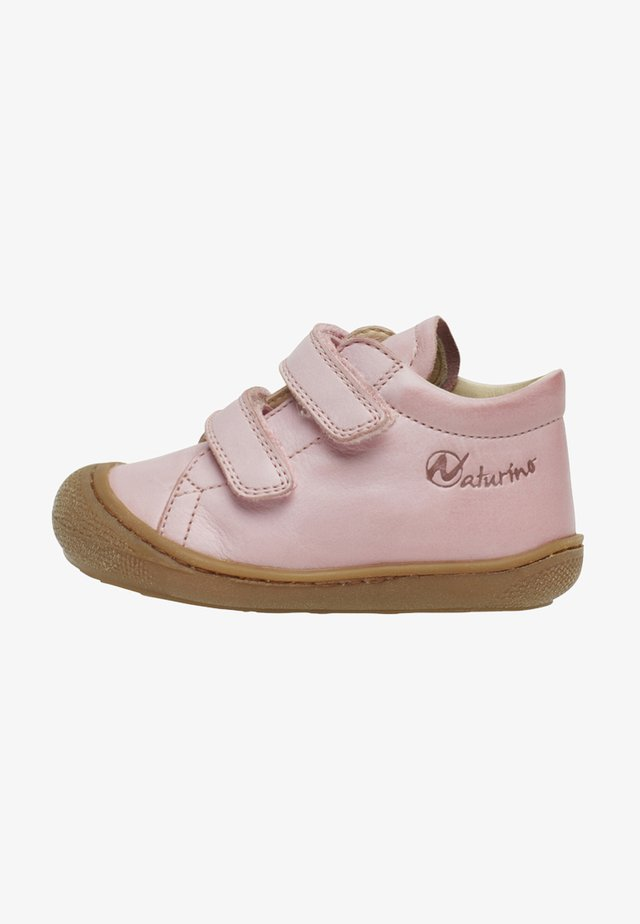 COCOON VL - Baby shoes - lilla