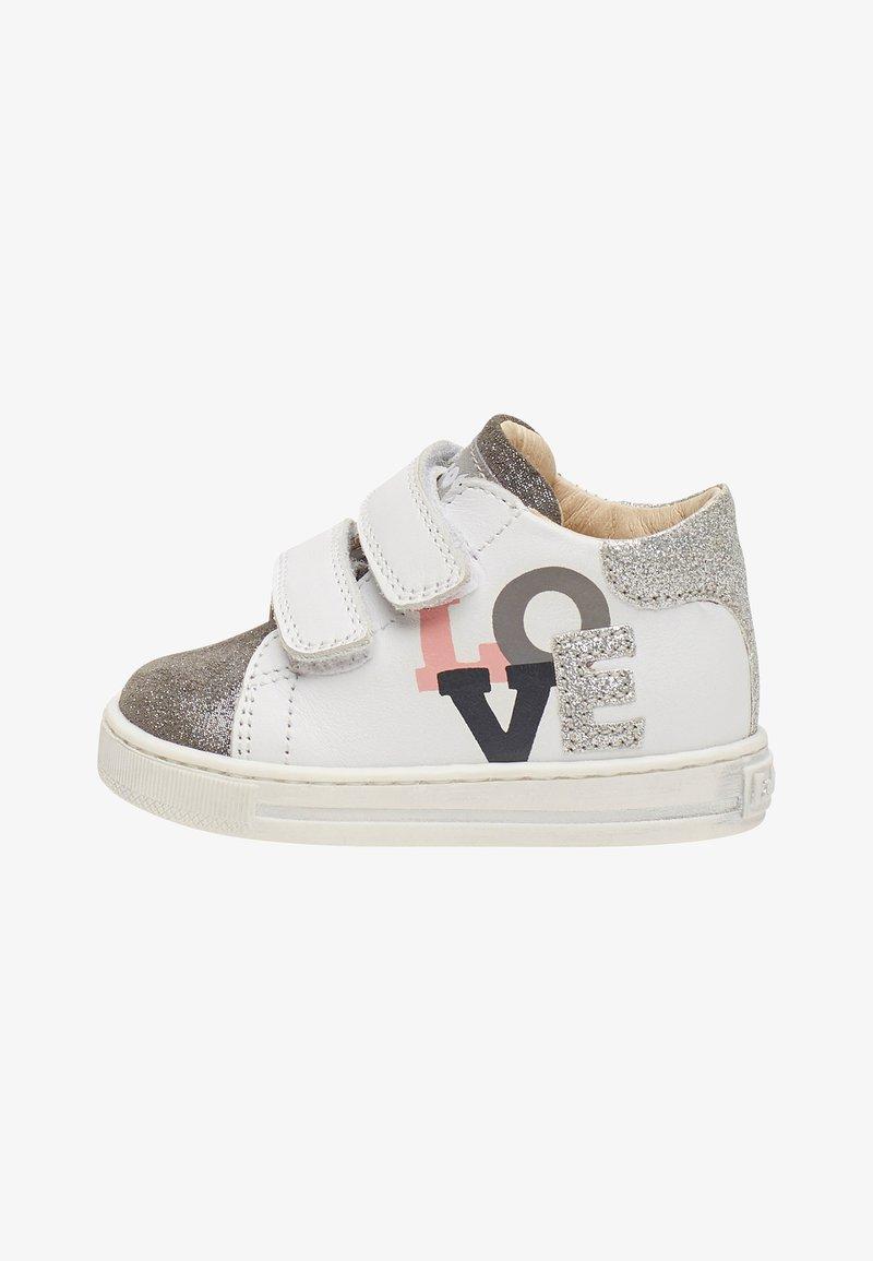 Naturino - Chaussures premiers pas - white