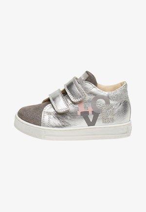FALCOTTO ALANA - Chaussures premiers pas - silver