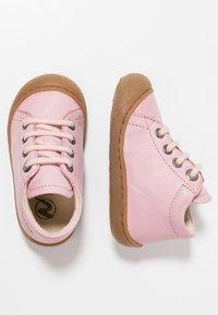 Naturino - NATURINO COCOON - Baby shoes - rosa - 0
