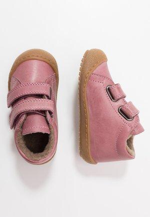 RACOON - Vauvan kengät - rosa