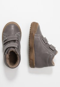 Naturino - NEW MULAZ - Zapatos con cierre adhesivo - dunkel grau - 0
