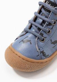 Naturino - COCOON - Chaussures premiers pas - hellblau - 2